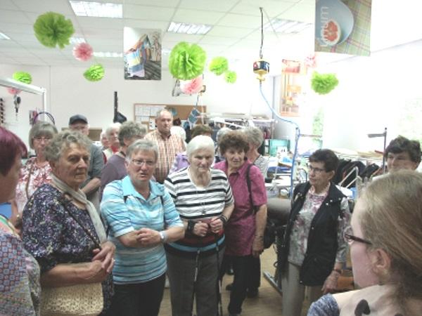 Seniorenkreis Haundorf-Laubenzedel besucht Jugendwerkstatt