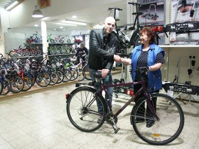 Radsport Gruber unterstützt Jugendwerkstatt